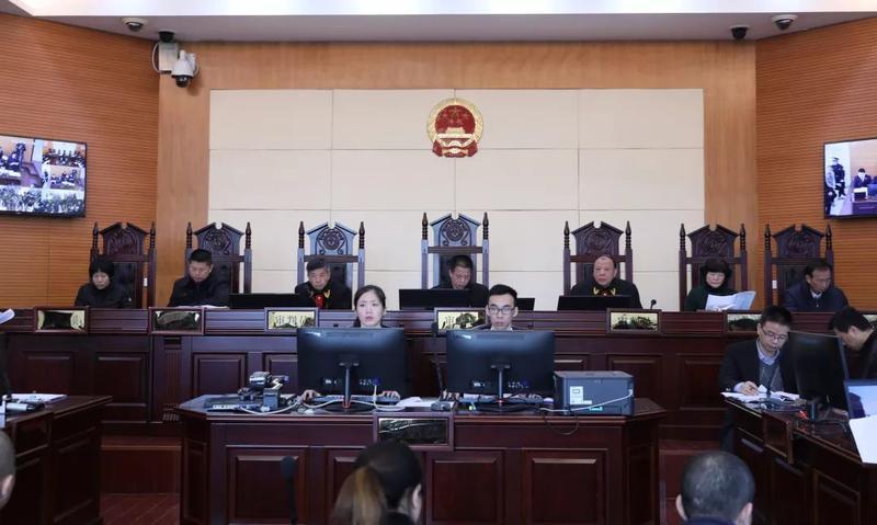 涉案21人 永泰法院审理又一起重大涉黑案件