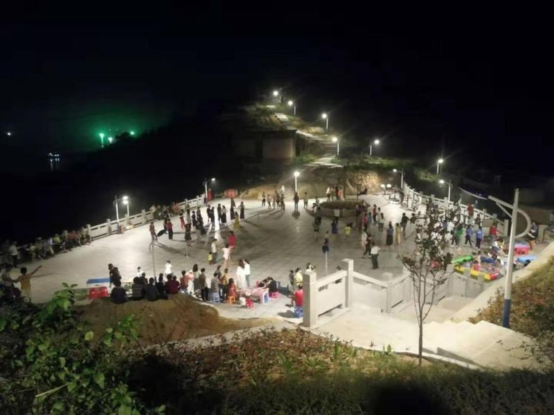 连江苔菉镇这座荒山变公园,阶梯状设计太美了!