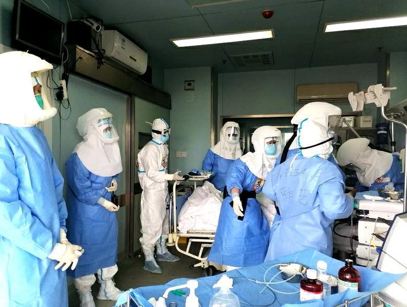 险中求胜!武汉首例重症患者食管支架置入术顺利完成
