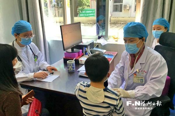 """福州市儿童医院有位""""拚命三娘"""""""