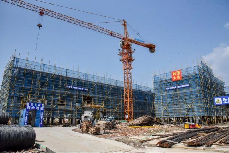 高新区这所幼儿园主体结构封顶 预计今年9月份竣工交付