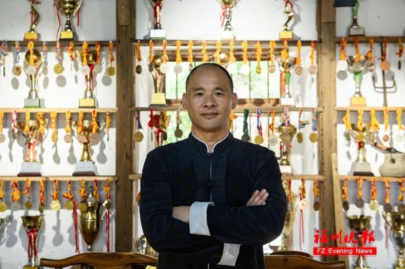 """福州有位""""牛拳王""""!带出8名世界冠军"""